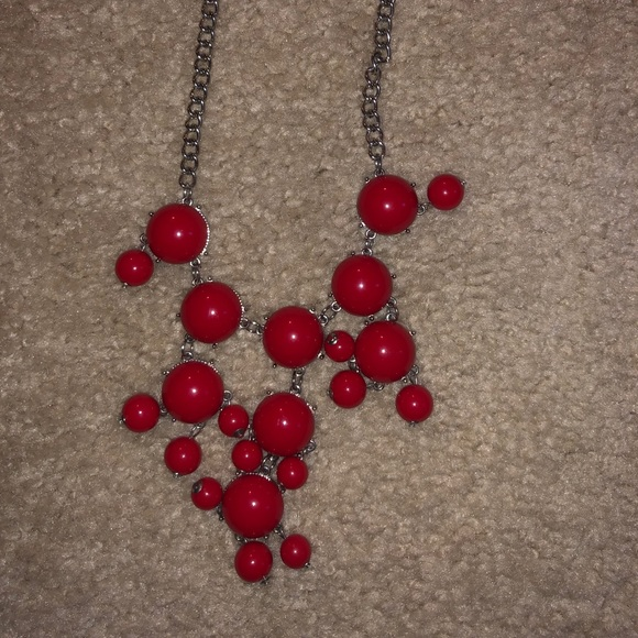 Jewelry - Red Accent Necklace